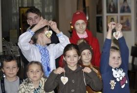 Киев, день Святого Николая в детской Воскресной школе Галереи-ризницы