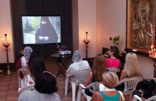 Просмотра православных фильмов, Киев